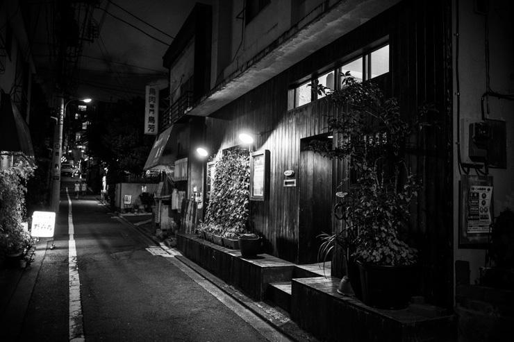 Ruelle de Kagurazaka vue de nuit