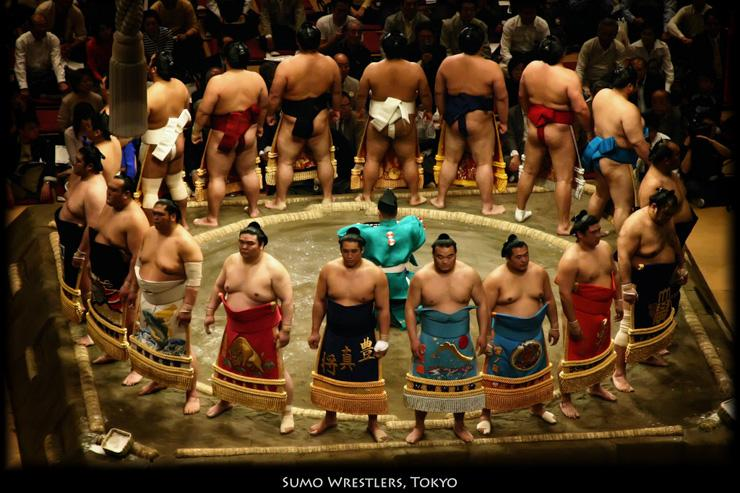 Sumos - Présentation des rishiki avant le combat