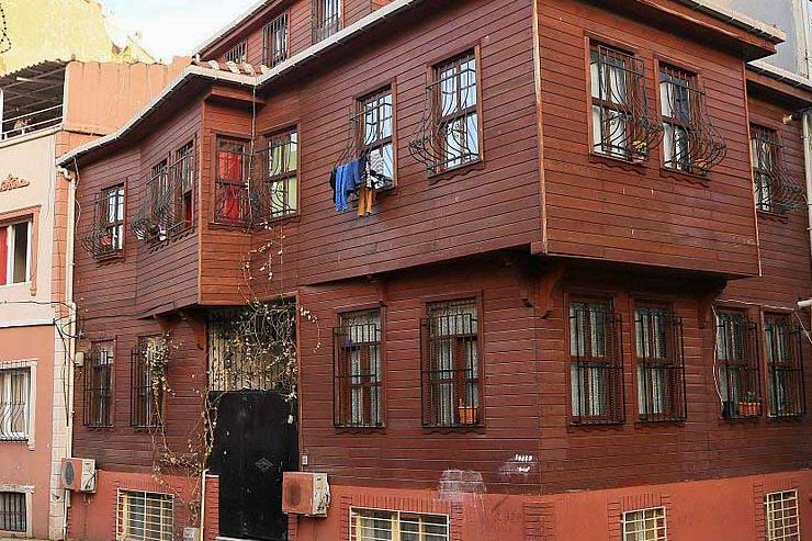 Zeyrek maison en bois © Jwslubbock