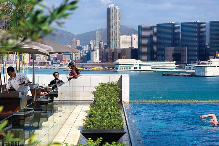 The Four Season Hong Kong - Piscine avec vue sur le port Victoria