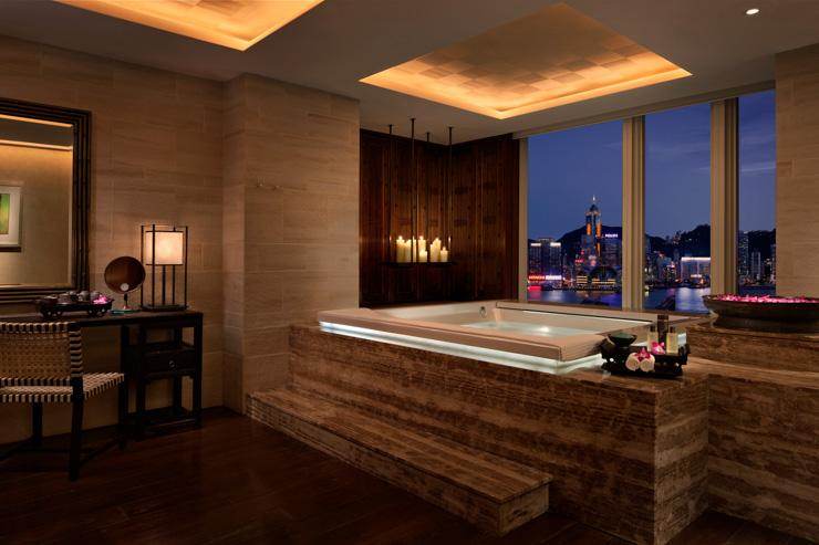 The Peninsula Hong Kong - Jacuzzi avec vue
