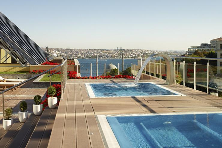 Ritz-Carlton Istanbul - Zone extérieure du spa