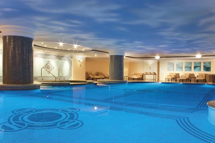 Ritz-Carlton Istanbul - Piscine intérieure