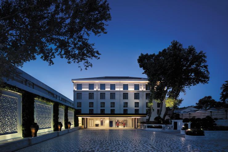 Shangri-La Istanbul - Extérieur de l'hôtel (côté rue)