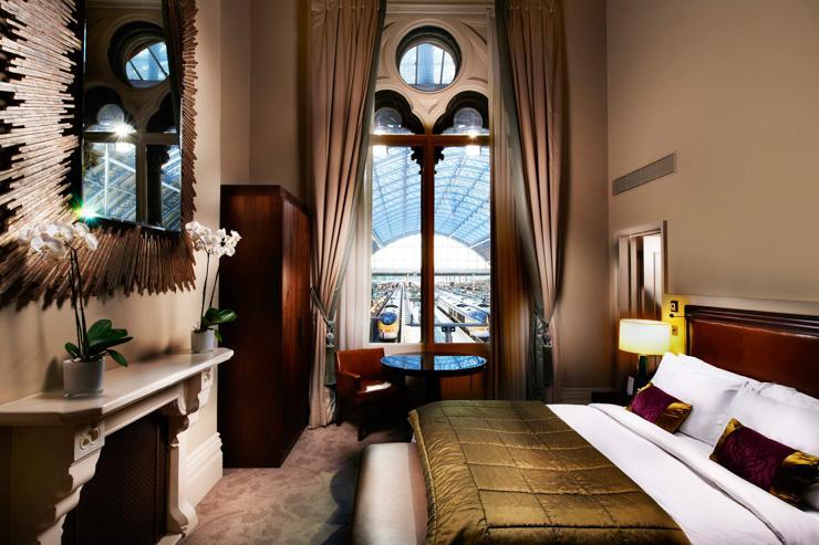 St Pancras Renaissance London Hotel - Chambre avec vue sur le terminal Eurostar