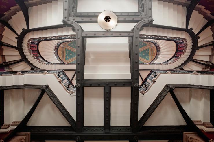St Pancras Renaissance London Hotel - Escalier