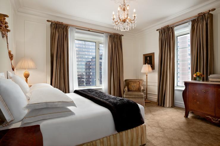 The Plaza Hotel - Chambre