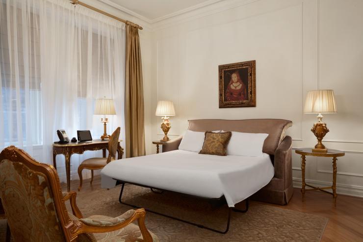 The Plaza Hotel - Canapé-lit dans une suite