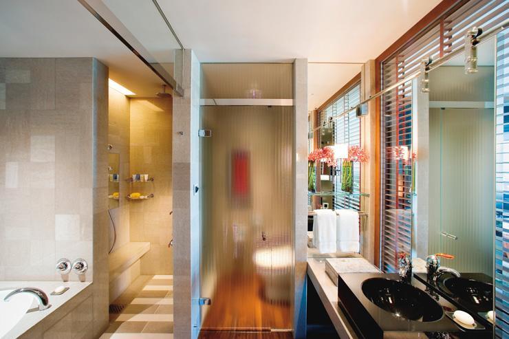 Mandarin Oriental Tokyo - Salle de bain ouverte sur l'extérieur