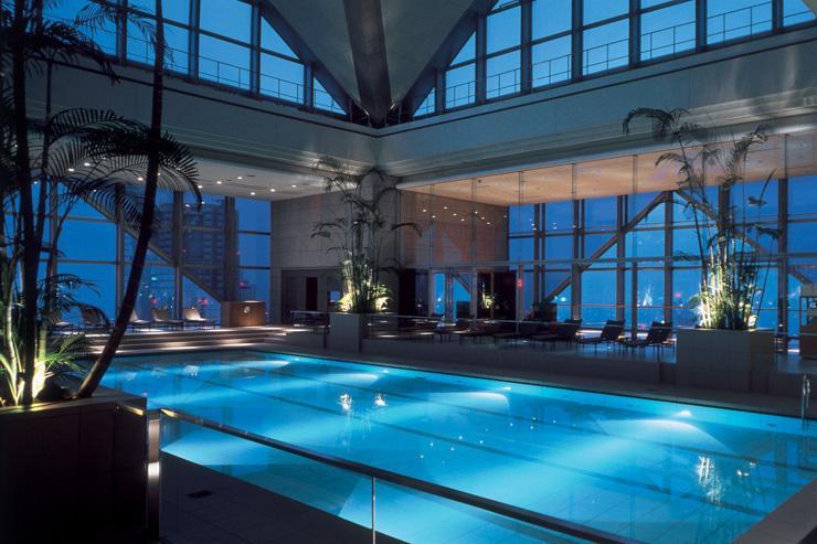 Park Hyatt Tokyo - Piscine de l'hôtel au 46ème étage