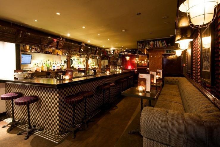 Tandem Cocktail Bar - Intérieur du bar