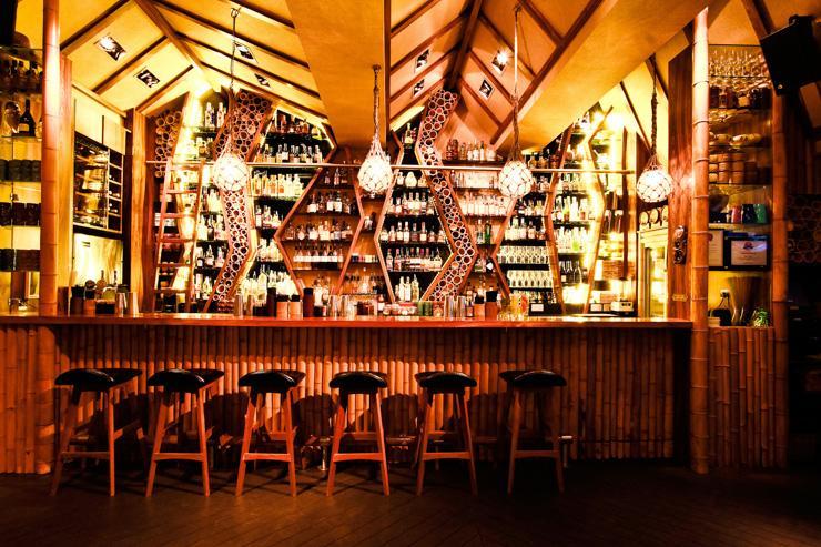Honi Honi Tiki Cocktail Lounge - Le bar