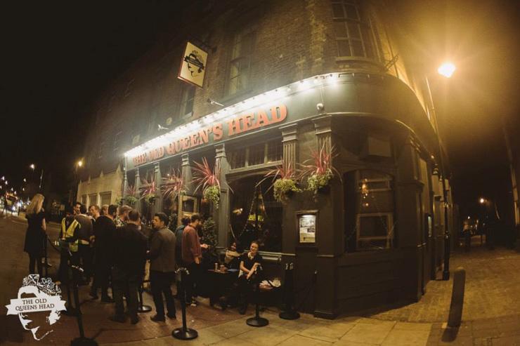 The Old Queen's Head - Extérieur du pub