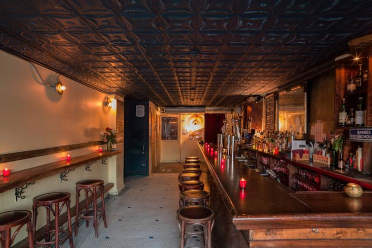 Barbès - Intérieur du bar