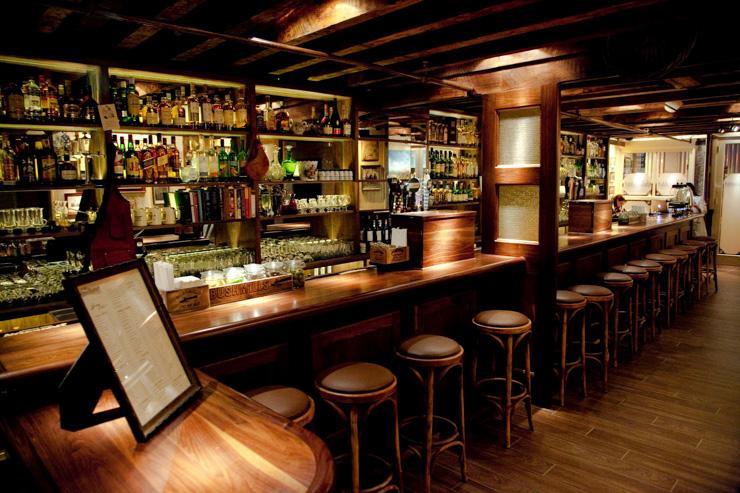 The Dead Rabbit - Intérieur du bar