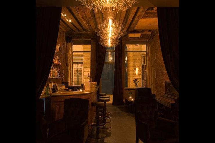 Experimental Cocktail Club - Intérieur du bar