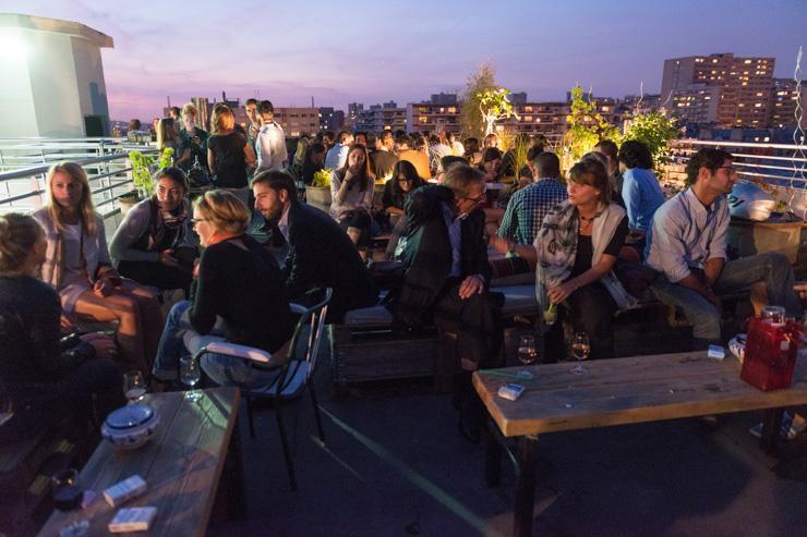 Le Perchoir - Foule sur le rooftop