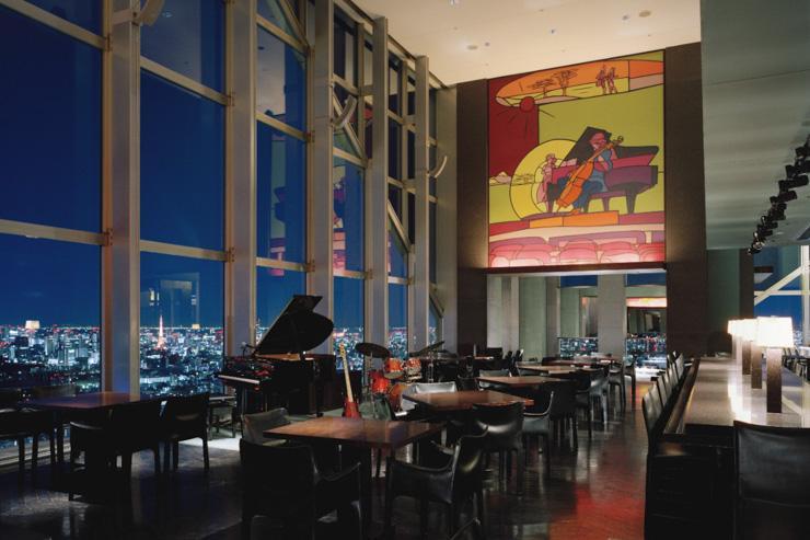 Le New York Bar au Park Hyatt Tokyo - Vaste espace et vues à couper le souffle