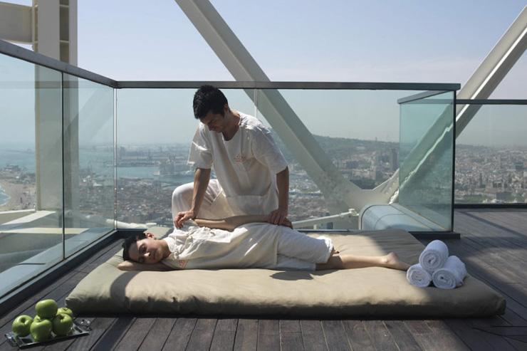 The 43 Spa -  Hotel Arts Barcelona - Massage outdoor avec vue