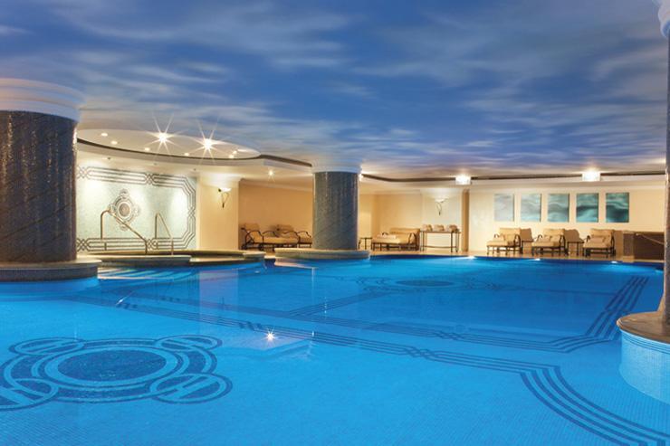 Spa du Ritz-Carlton Istanbul - Piscine intérieure