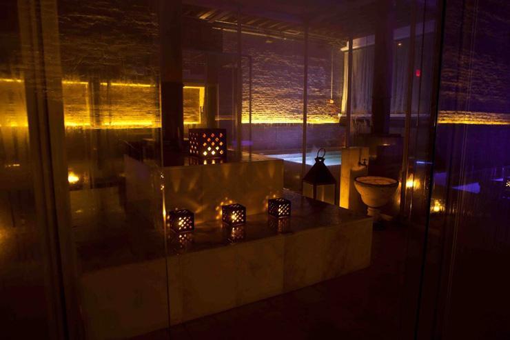 Aire Ancient Baths New York - Eclairage tamisé