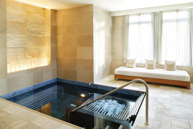 The Spa at Mandarin Oriental New York - Piscine revitalisante