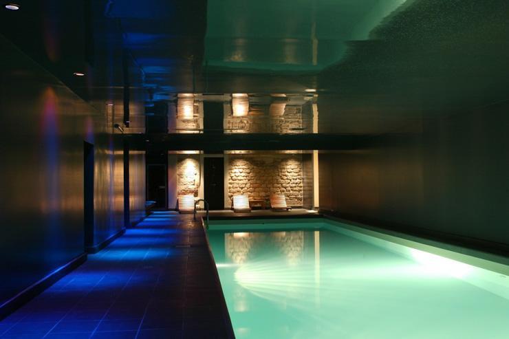 La piscine du spa After The Rain à l'hôtel Saint James Albany