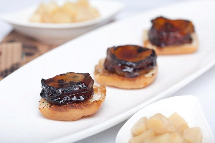 The Chairman Hong Kong - Foie de poulet BBQ sur bun