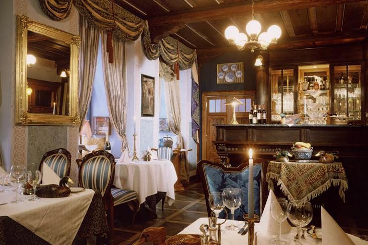 U Modré Kachnicky - Les intérieurs fastueux du restaurant