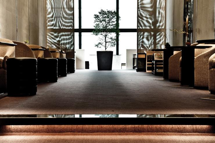 Beige Alain Ducasse Tokyo - Entrée du restaurant