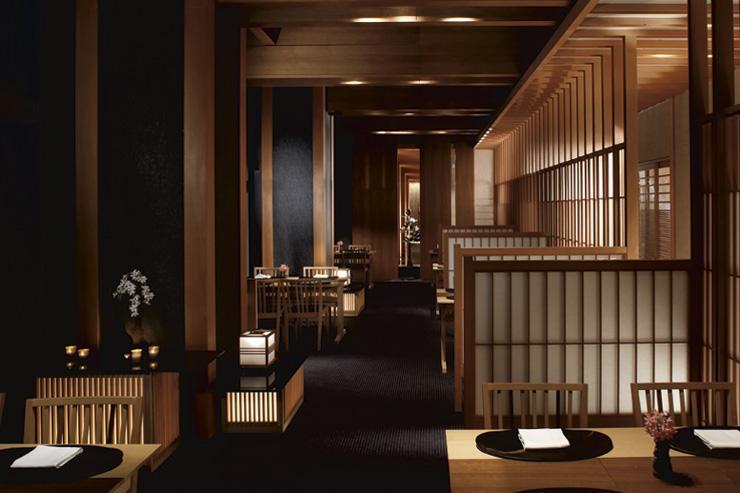 Intérieur du restaurant Hinokizaka au Ritz-Carlton Tokyo