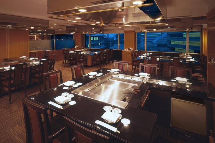 Intérieur du restaurant Sazanka à l'Hotel Okura
