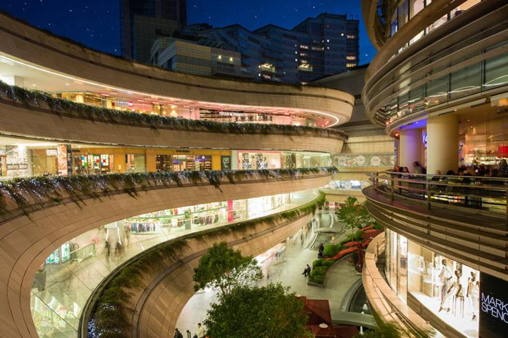 Vue du mall, imaginé comme un canyon urbain