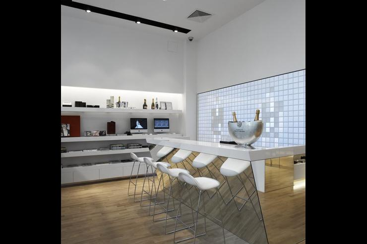 Intérieur du concept store SIMPLE - Bar à champagne Taittinger