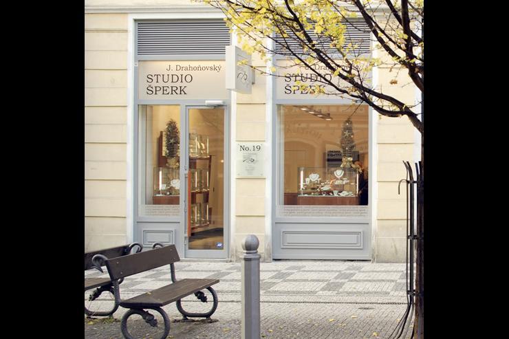 Studio Šperk Drahoňovský - Façade de la boutique dans Staré Město