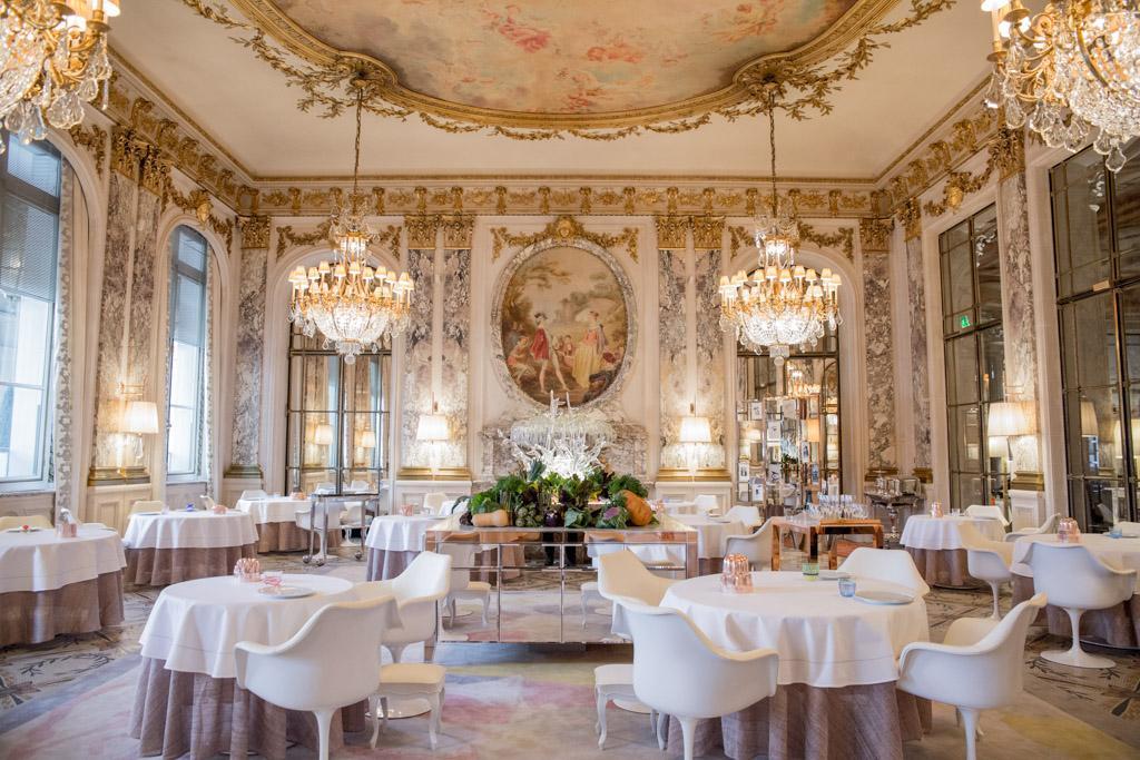 Philippe Starck Réinvente Les Restaurant Et Le Bar Du Meurice