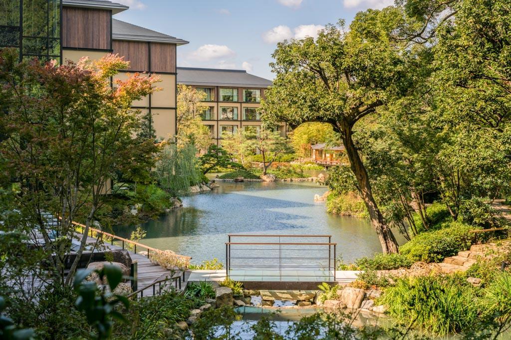 Le four seasons kyoto ouvre ses portes au japon for Hotel jardin de fleurs kyoto