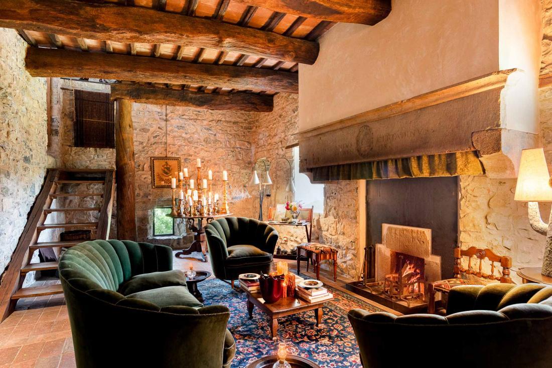 La décoration de chacune des chambres est un savant mélange d'influences toscanes et indonésiennes, à l'image des deux passions des propriétaires