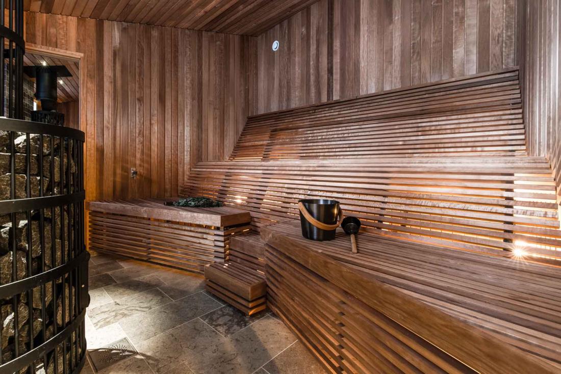 L'un des trois saunas où rassembler son courage avant de plonger dans l'eau glacée