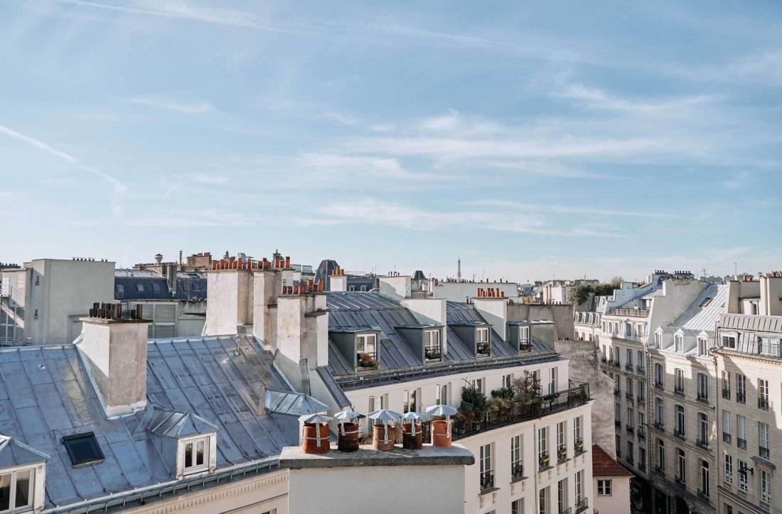 À partir du quatrième, les toits de Paris jouent les stars