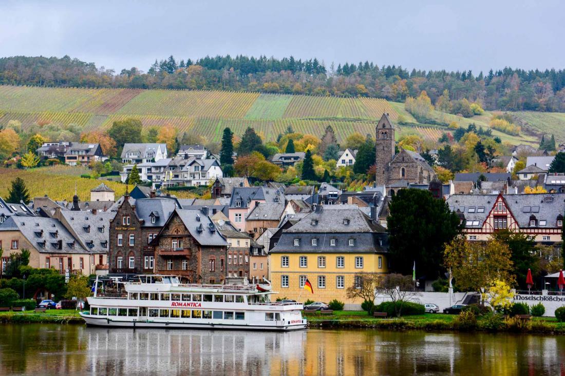 Le village touristique de Traben Trarbach, à 20 minutes du Schloss Lieser.