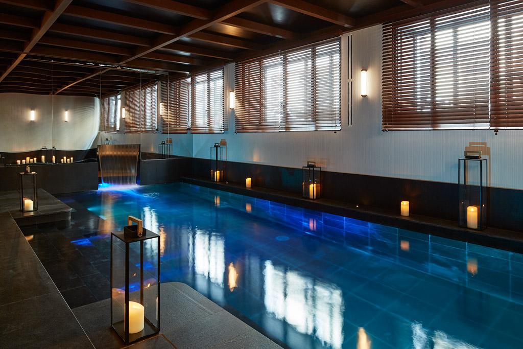 le roch h tel spa refuge luxueux de sarah lavoine au c ur du 1er arrondissement. Black Bedroom Furniture Sets. Home Design Ideas