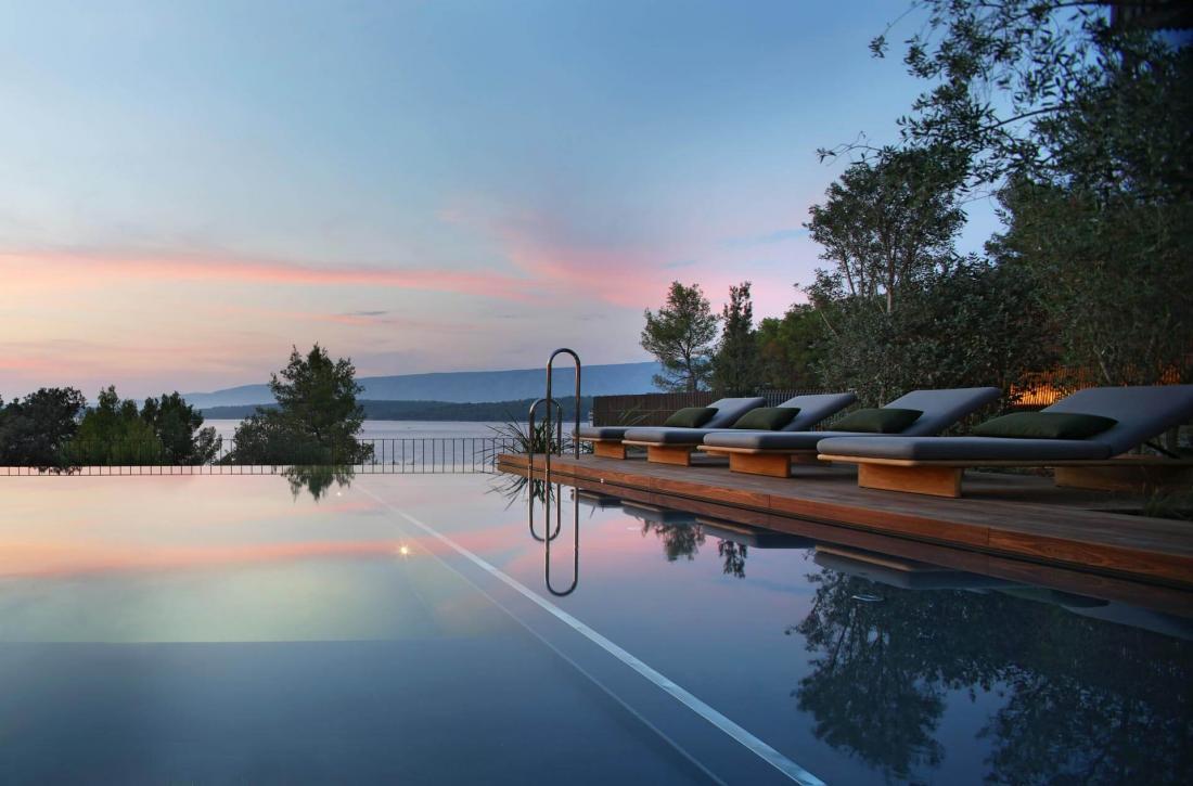 3 villas de 4 à 5 chambres avec piscine privée s'ajoutent à l'hôtel