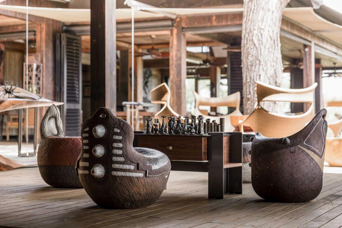 Le Xigera est une vraie galerie de l'art et de l'artisanat africain
