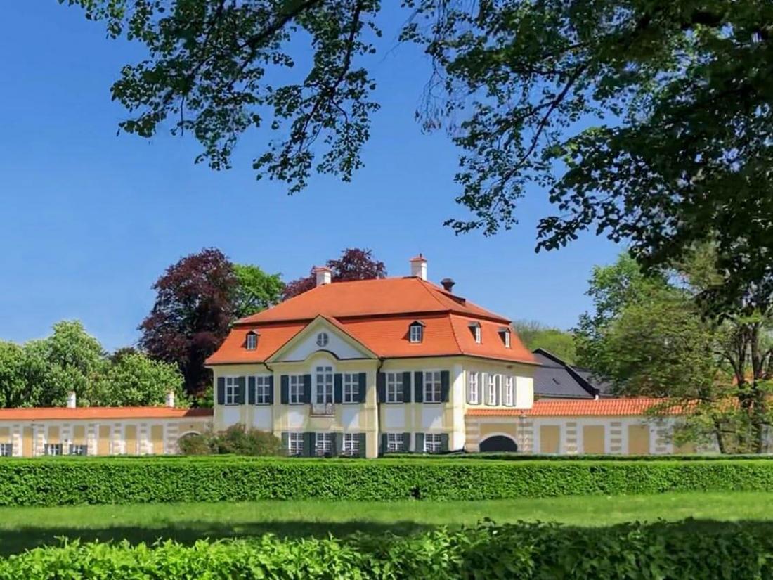 The Langham Nymphenburg est abrité par la manufacture de porcelaine, fondée en 1747