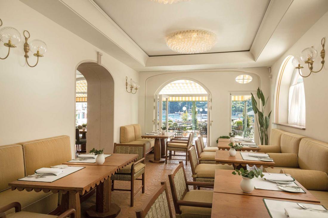 La salle du restaurant DaV Mare de la famille Cerea