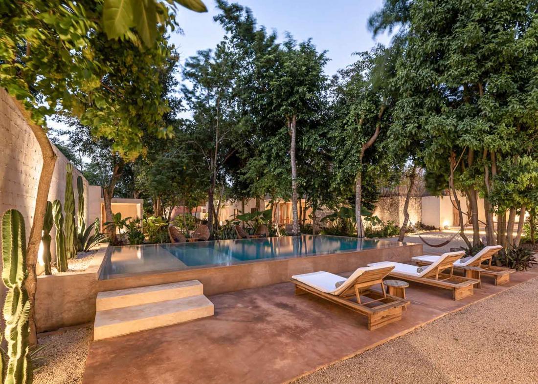 L'hôtel propose également cours de yoga sur le rooftop et massages