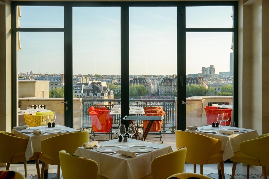 Au 7e étage, Le Tout-Paris offre des vues spectaculaires sur la capitale