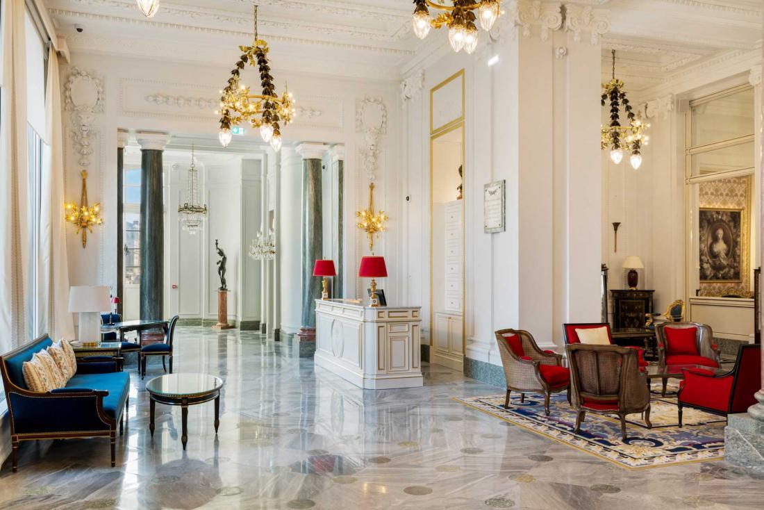 Le savoir-faire des Ateliers Folin et de sept artisans spécialisés a permis la remise à neuf des espaces