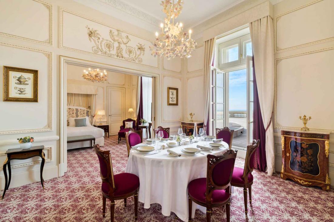 La suite Sissi tire son nom de l'Impératrice Élisabeth d'Autriche qui résida à l'hôtel
